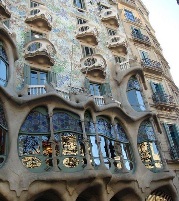 Arhitectul lui Dumnezeu, Gaudi/Barcelona